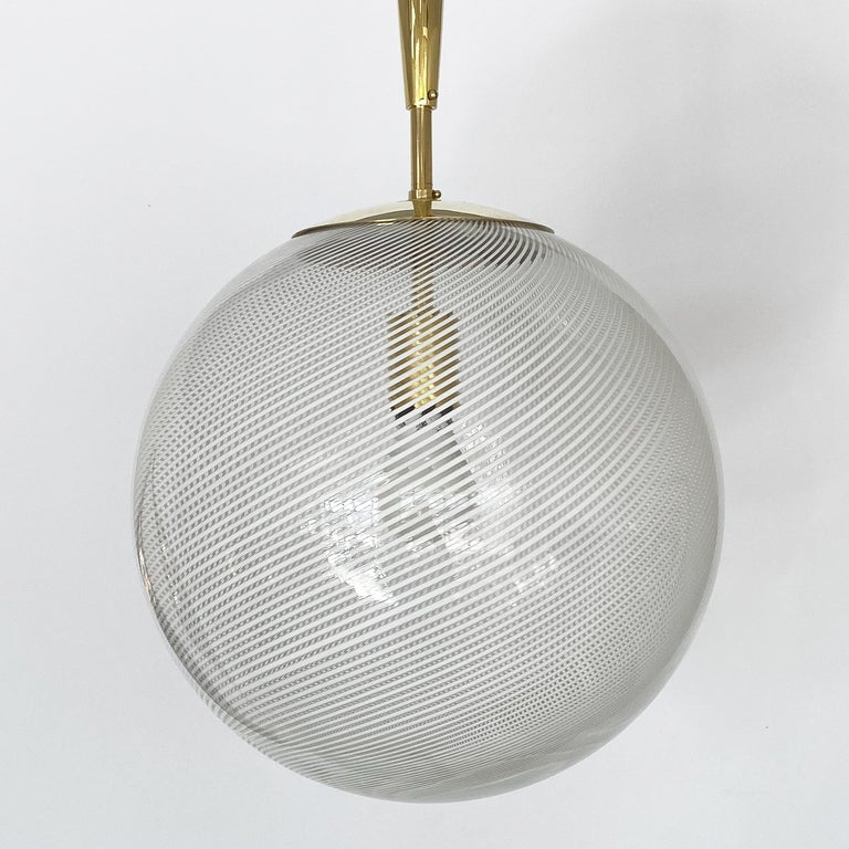 Italian Swirl Glass Globe and Brass Pendant Chandelier In Good Condition For Sale In Chicago, IL