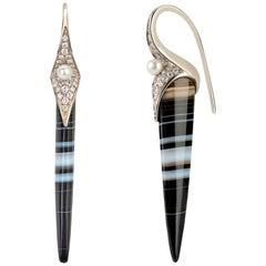 Venyx 19 Karat Gold Diamond Tuxedo Agate and Pearl Terra Earrings