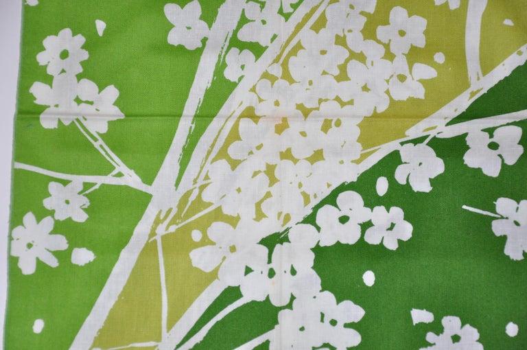 Vera Shades of Emerald Green & White