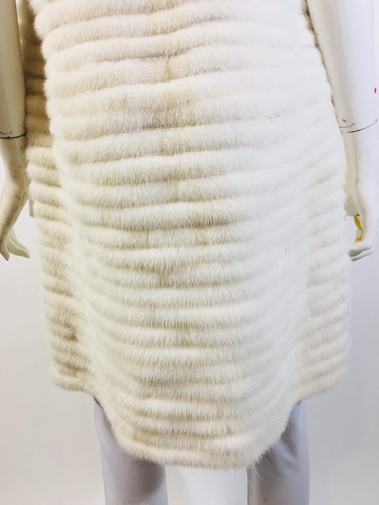 Vera Wang Collection Mink Open Front  Vest For Sale 2