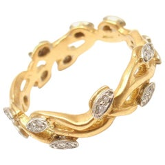 Vera Wang Diamond Vine Motif Yellow Gold Band Ring