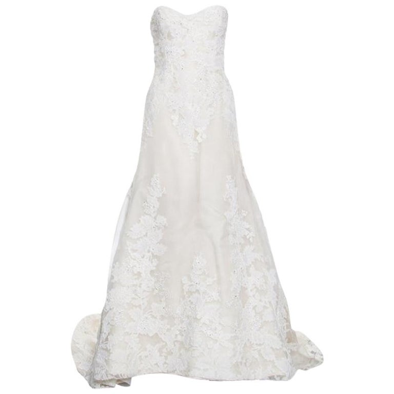 Vera Wang Luxe Cream Floral Lace Applique Embellished High