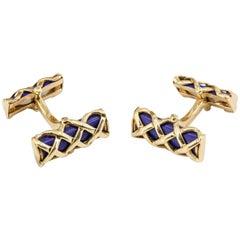 Verdura Blue Lapis and 18 Karat Gold Criss Cross Bar Cufflinks