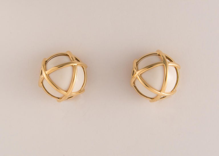Contemporary Verdura Caged Cocholong and Gold Earrings For Sale