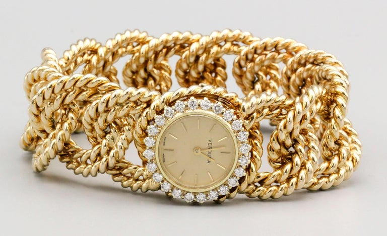 Verdura Diamond and Gold Link Watch Bracelet In Excellent Condition For Sale In New York, NY