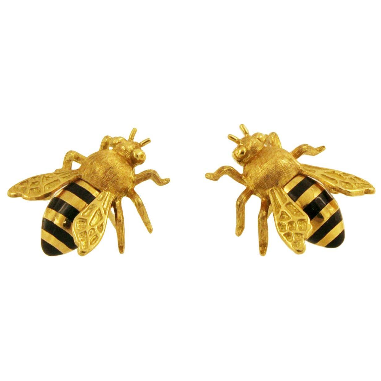Verdura Honeybee 18 Karat Yellow Gold and Black Enamel Earrings