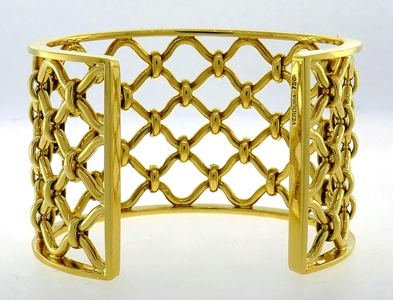 Women's Verdura Kensington Yellow Gold Cuff Bracelet For Sale