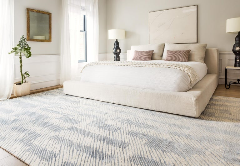 Verge Rug in Hand Knotted Wool and Silk by Kelly Wearstler For Sale 6