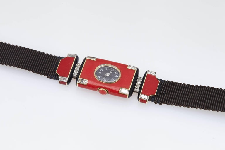 Verger Frères Ladies platinum diamond red enamel Art Deco Wristwatch, circa 1925 In Excellent Condition For Sale In New York, NY