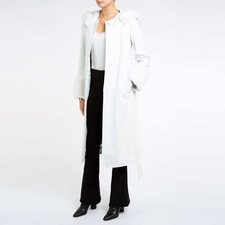 Verheyen Aurora Hooded Leather Trench Coat in White with Faux Fur - Size uk 10 In New Condition For Sale In London, GB