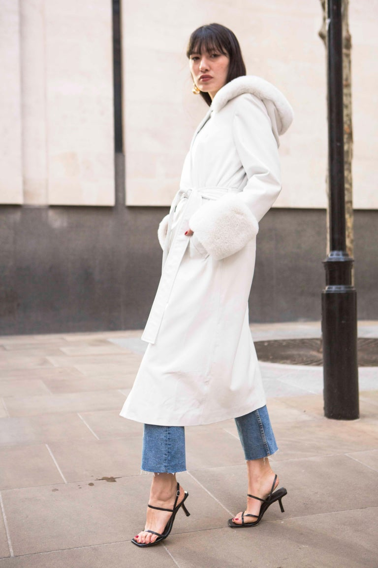 Women's Verheyen Aurora Hooded Leather Trench Coat in White with Faux Fur - Size uk 10 For Sale