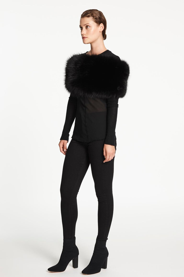 Verheyen London Chained Stole in Black Fox Fur & Silk Lining with Chain  For Sale 3