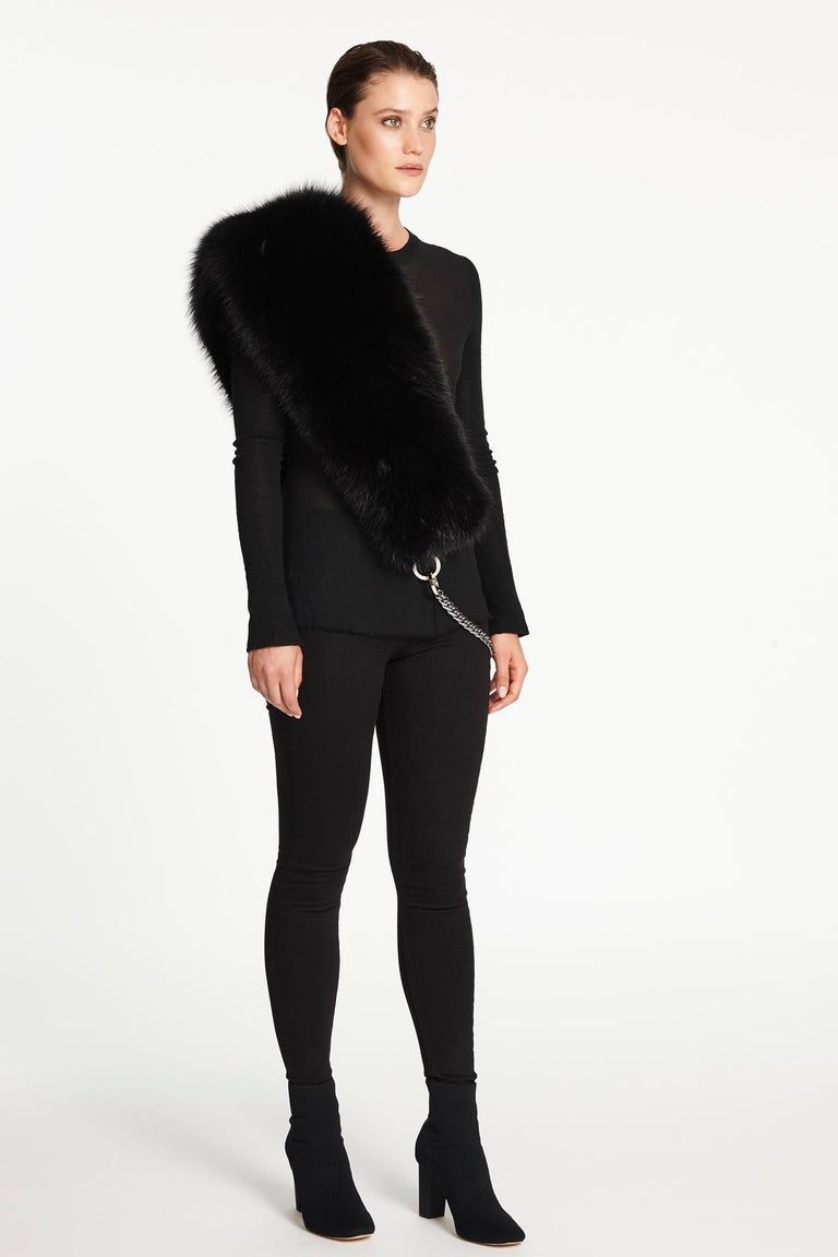 Verheyen London Chained Stole in Black Fox Fur & Silk Lining with Chain - New  For Sale 6