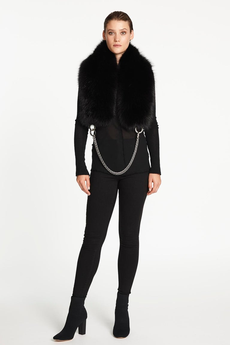 Women's or Men's Verheyen London Chained Stole in Black Fox Fur & Silk Lining with Chain - New For Sale
