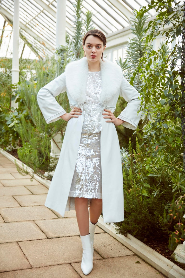 Verheyen London Edward Leather Coat in White with Faux Fur - Size uk 8   The Edward Leather Coat created by Verheyen London is a romantic design inspired by the 1970s and Edwardian Era of Fashion.  A timeless design to be be worn for a lifetime and
