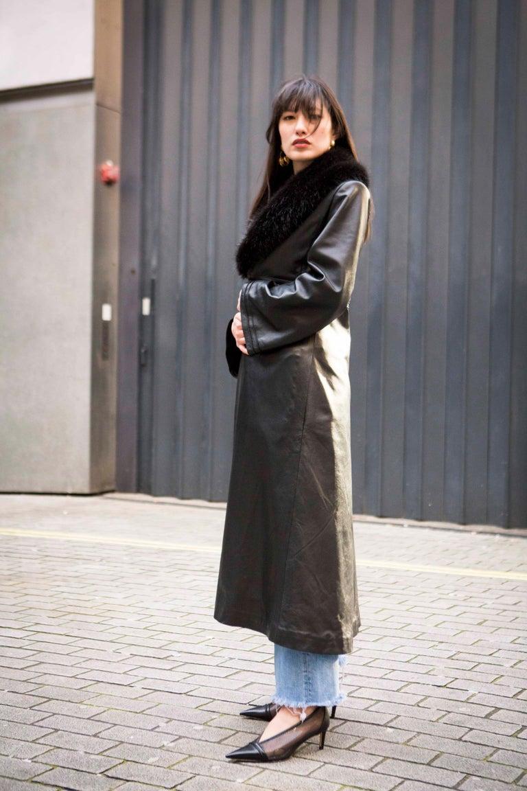 Verheyen London Edward Leather Coat with Faux Fur Collar in Black - Size uk 8 For Sale 2