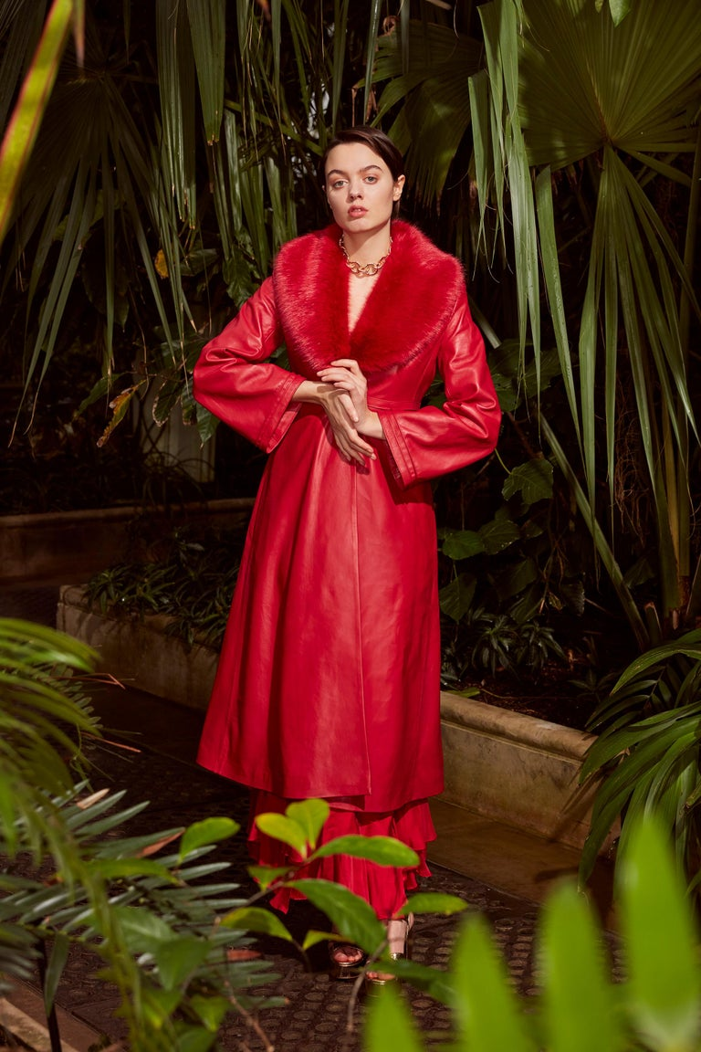 Verheyen London Edward Leather Coat with Faux Fur Collar in Red - Size uk 10  The Edward Leather Coat created by Verheyen London is a romantic design inspired by the 1970s and Edwardian Era of Fashion.  A timeless design to be be worn for a lifetime