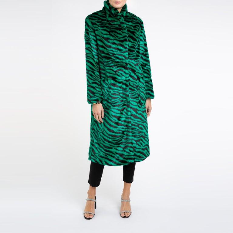 Verheyen London Esmeralda Faux Fur Coat in Emerald Green Zebra Print size uk 10 For Sale 2