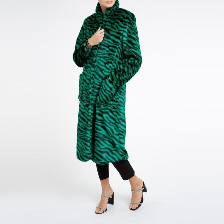 Verheyen London Esmeralda Faux Fur Coat in Emerald Green Zebra Print size uk 10 For Sale 3