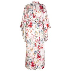 Verheyen London Flower Kimono dress in Italian Silk Satin Size small  - New