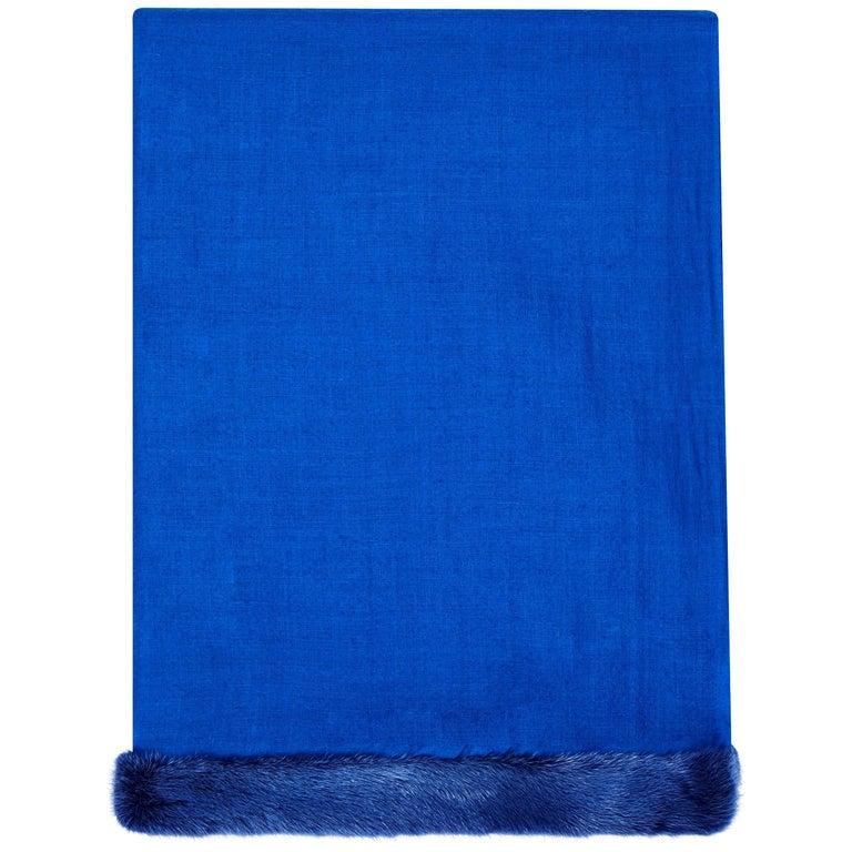 Verheyen London Handwoven Mink Fur Trimmed Cashmere Shawl in Blue - Brand New  For Sale