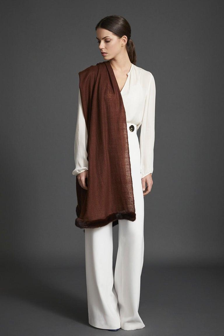 Verheyen London Handwoven Mink Fur Trimmed Cashmere Shawl in Chocolate Brown   In New Condition In London, GB