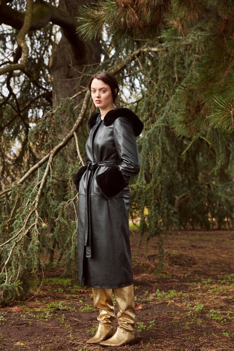 Women's Verheyen London Hooded Leather Trench Coat in Black with Faux Fur - Size uk 12  For Sale