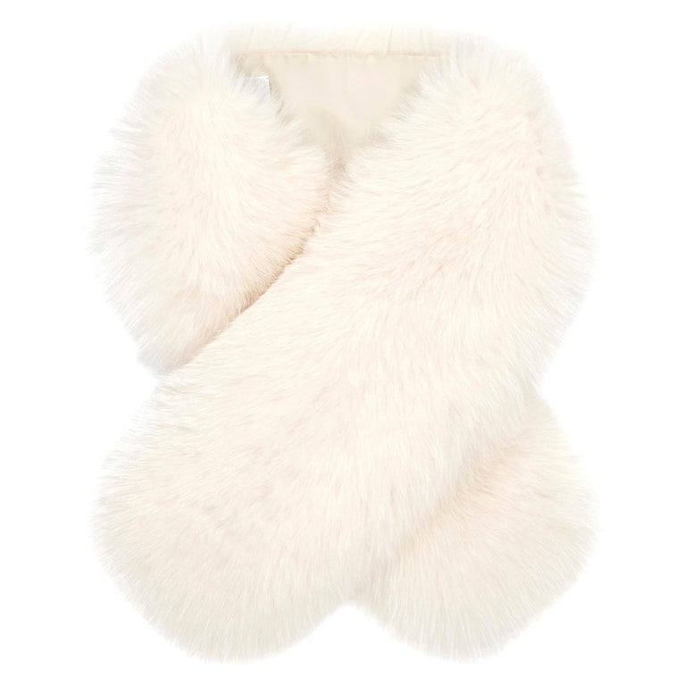 Verheyen London Lapel Cross-through Collar in Pearl White Fox Fur Brand New  For Sale