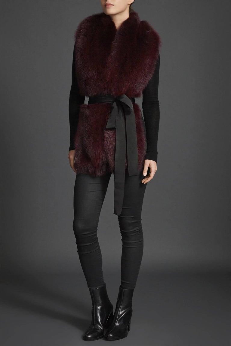 Verheyen London Legacy Stole in Garnet Burgundy Fox Fur - Brand New In New Condition In London, GB