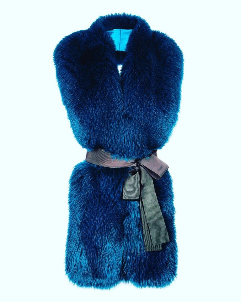 Verheyen London Legacy Stole in Jade Fox Fur & Silk Lining - Brand New   The Legacy Stole is Verheyen London's versatile design to be worn from day to night. Crafted in the finest dyed fox fur and lined in coloured silk satin.  A structured design