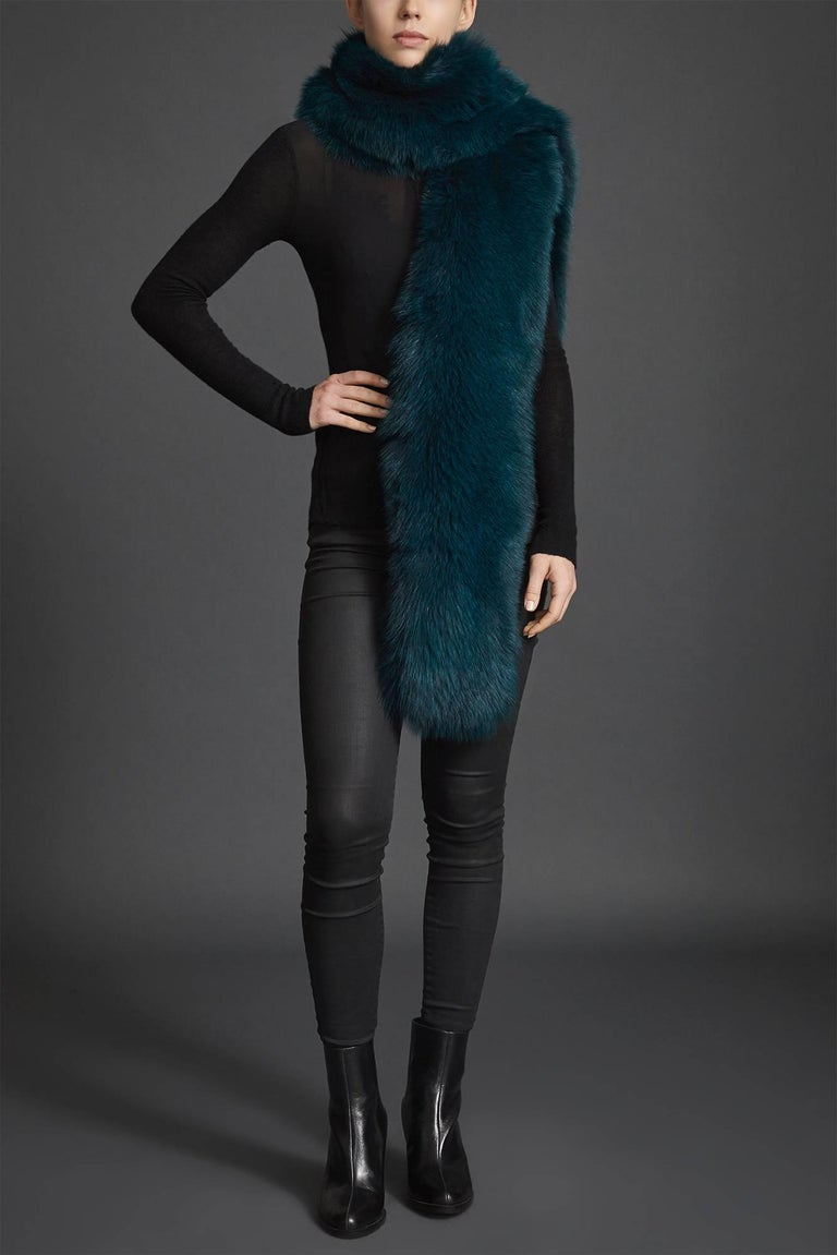 Verheyen London Legacy Stole in Jade Fox Fur & Silk Lining - Brand New  For Sale 4