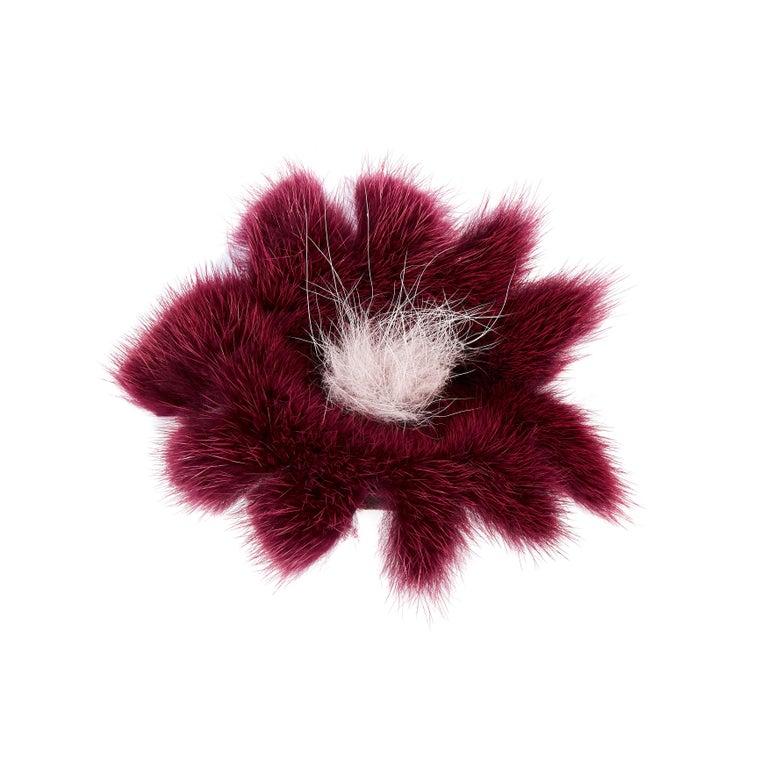 Verheyen London Mink Fur Flower Brooch in Berry Burgundy In New Condition For Sale In London, GB