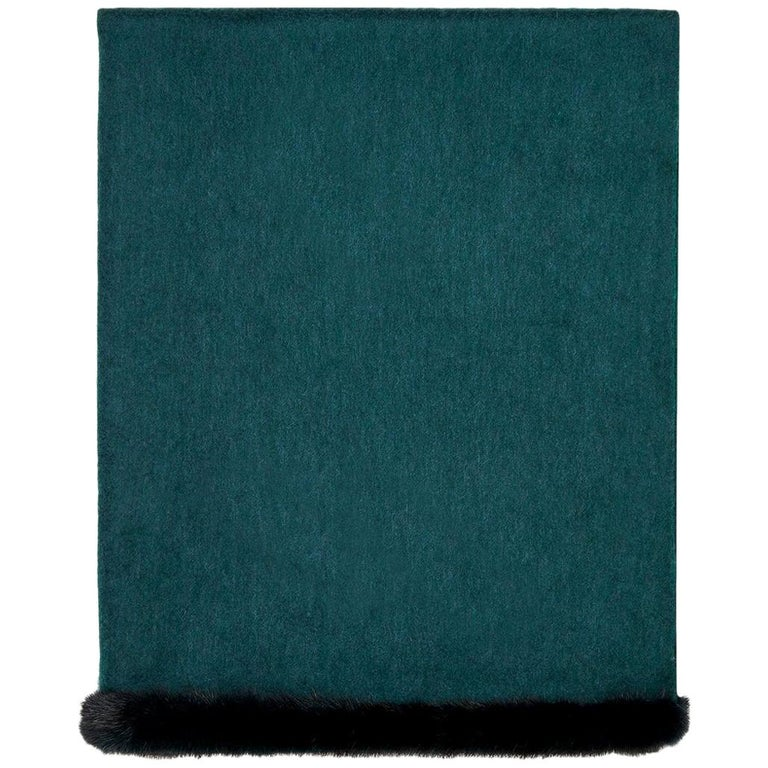 Verheyen London Mink Fur Trimmed Cashmere Shawl Scarf in Forest Green Brand New  For Sale