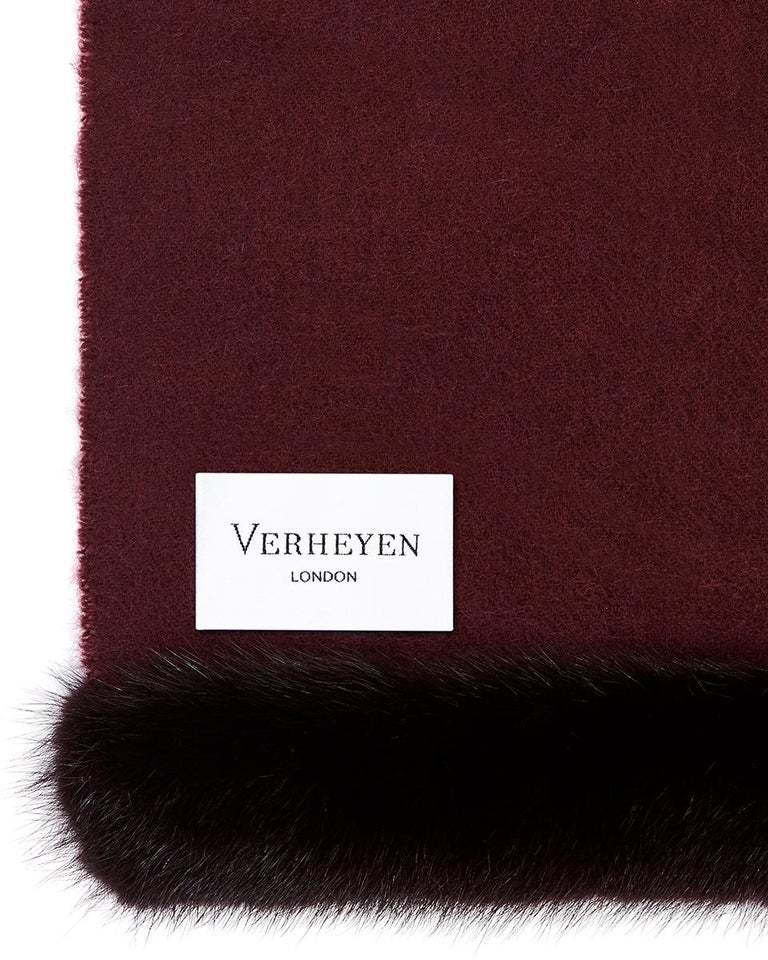 Verheyen London Mink Fur Trimmed Cashmere Shawl Scarf in Rich Burgundy - Brand In New Condition For Sale In London, GB