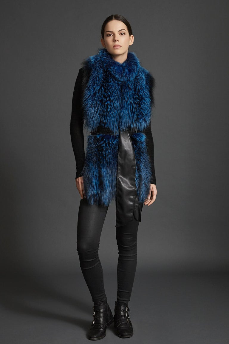 Verheyen London Nehru Collar Stole in Lapis Blue Fox Fur & Silk Lining -Gift  For Sale 2