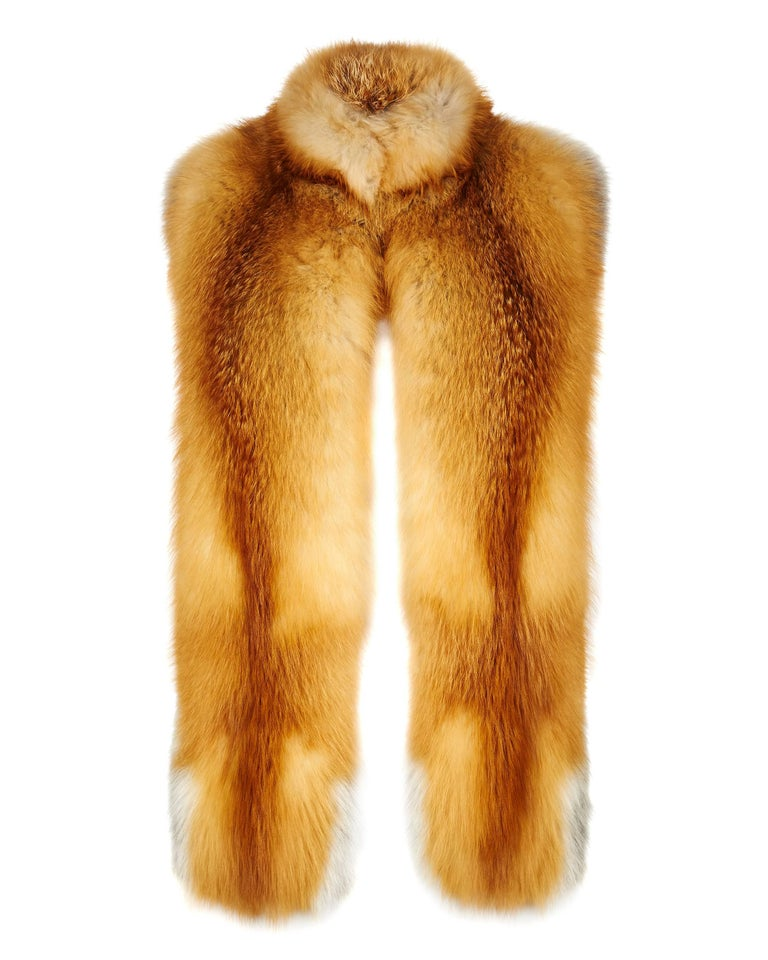 his Natural Collection is Verheyen London's versatile collection for country or city wear, crafted in the finest and highest quality origin assured fur.  A structured design to wrap around you for country weekend getaways and for a statement look