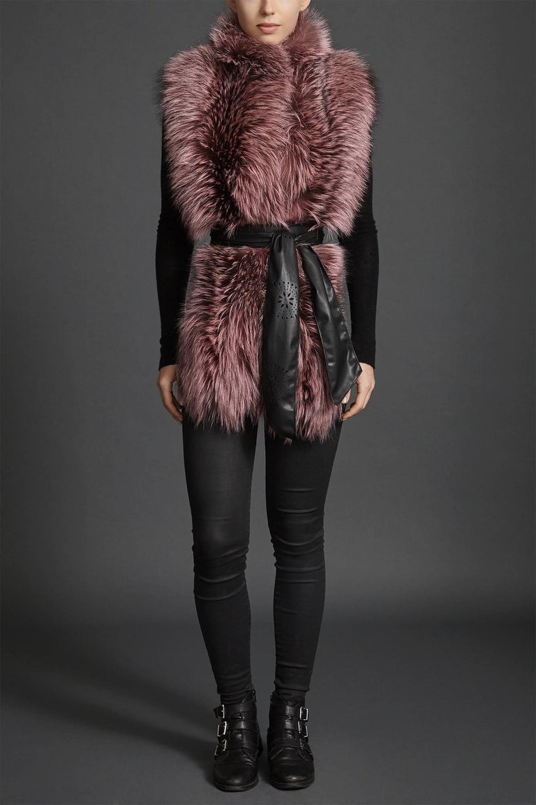Women's or Men's Verheyen London Nehru Collar Stole Rose Quartz Pink Fox Fur & Silk Lining For Sale