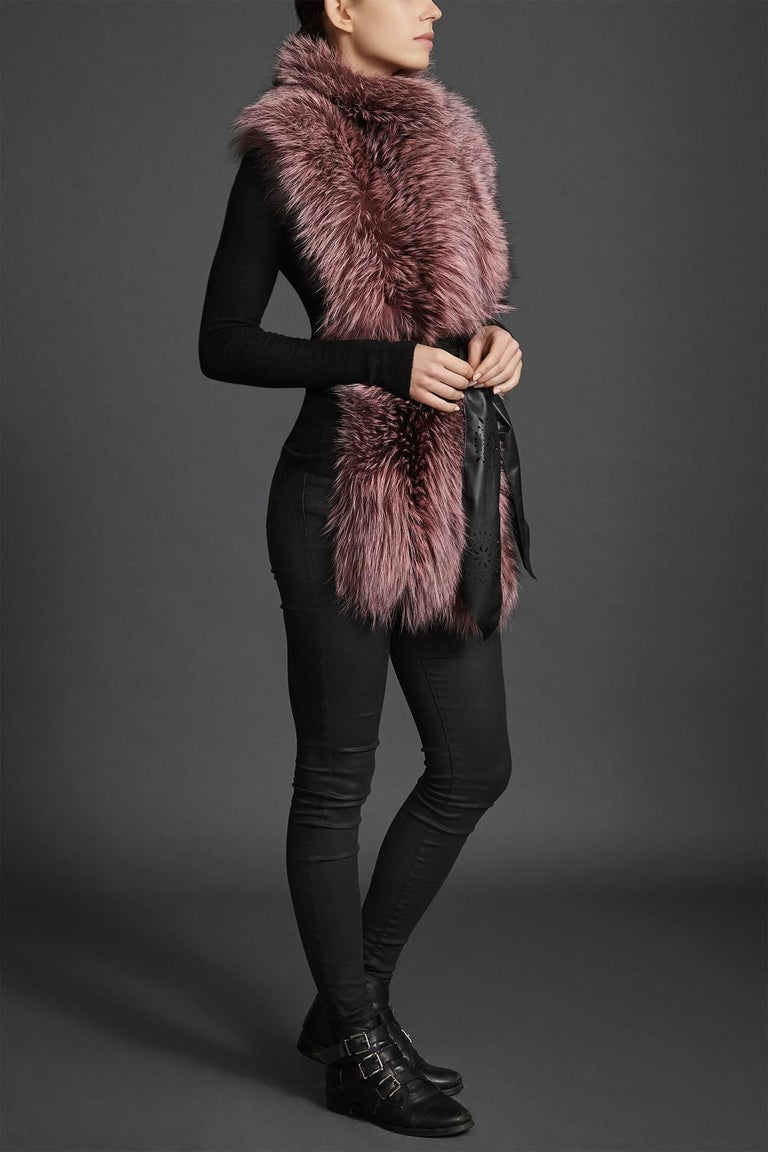 Verheyen London Nehru Collar Stole Rose Quartz Pink Fox Fur & Silk Lining For Sale 1