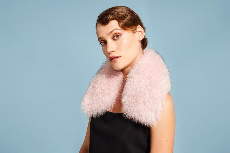 White Verheyen London Peter Pan Collar in Pastel Rose Pink Fox Fur For Sale
