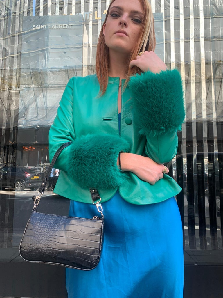 Verheyen Vita Cropped Jacket in Emerald Green Leather with Faux Fur - Size uk 12  Handmade in London, made with 100% Italian Lambs Leather and the highest quality of faux fur to match, this luxury item is an investment piece to wear for a lifetime.