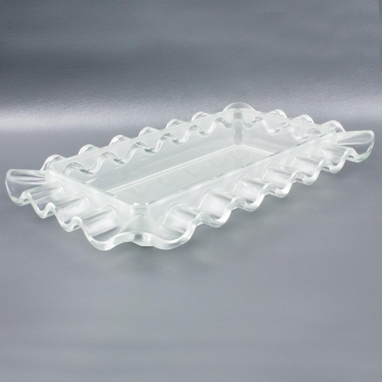 Verlys France Art Deco Frosted Glass Centerpiece Bowl For Sale 1