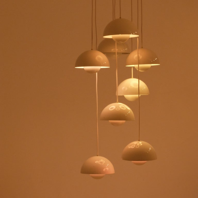 Verner Panton 8 Flower Pot Ceiling Lamp by Louis Poulsen, 1968.   110 v or 240 v In Good Condition For Sale In London, GB