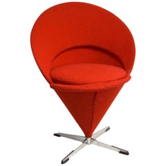 Verner Panton Cone Chair K1 in Cherry Red Wool, Original 1958, Wool Bouclé