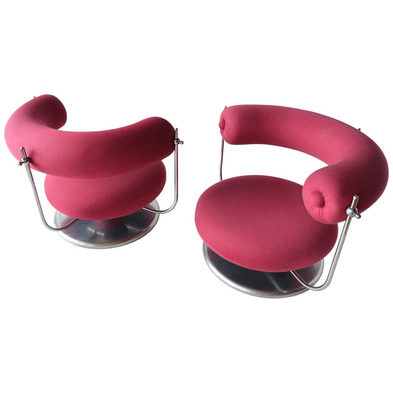Verner Panton S401 Lounge Chairs For Sale