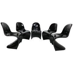 "Verner Panton Set of 5 Black Gloss Fiberglass Chairs ""S"" for Vitra, 1960"