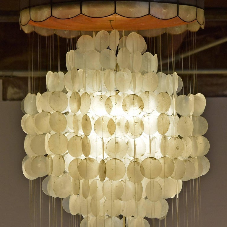 Late 20th Century Verner Panton Style Capiz Shell Chandelier Hanging Light For Sale