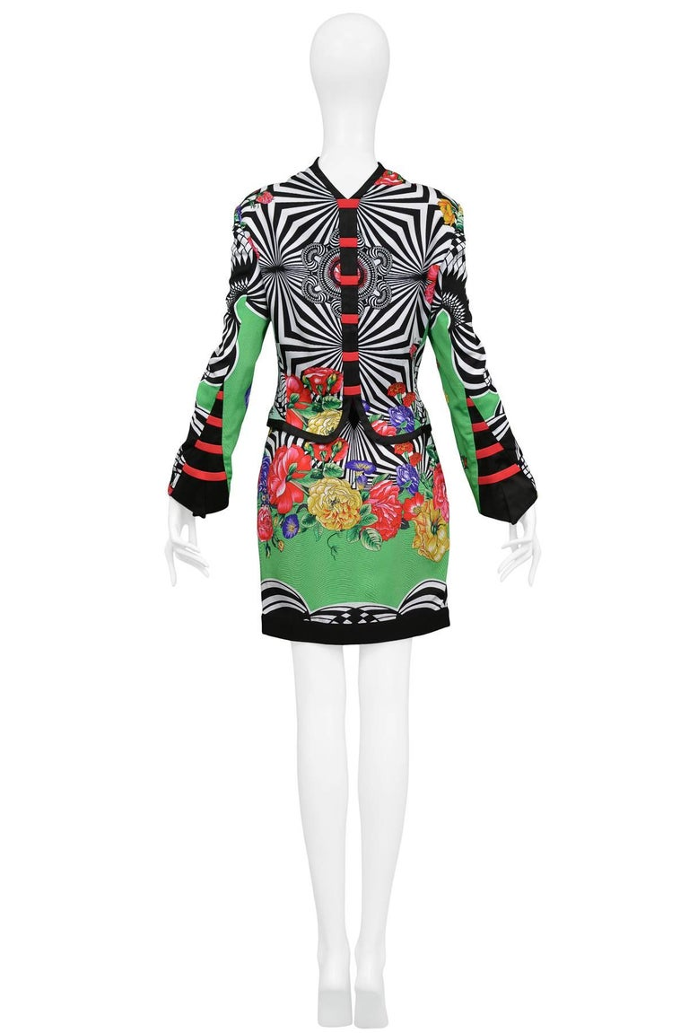 https   www.1stdibs.com fashion clothing suits-outfits-ensembles dries ... 6f0746c804