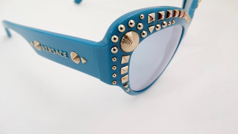 Versace 2000s Studded Cat-Eye Sunglasses For Sale 6