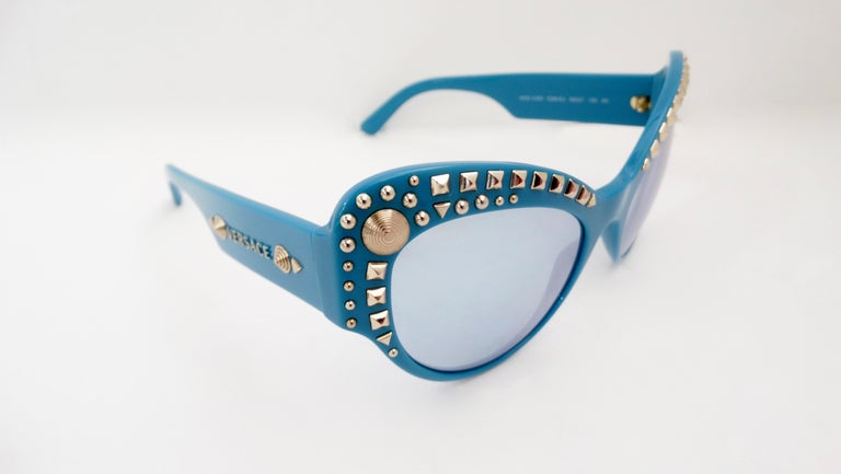 Versace 2000s Studded Cat-Eye Sunglasses For Sale 2