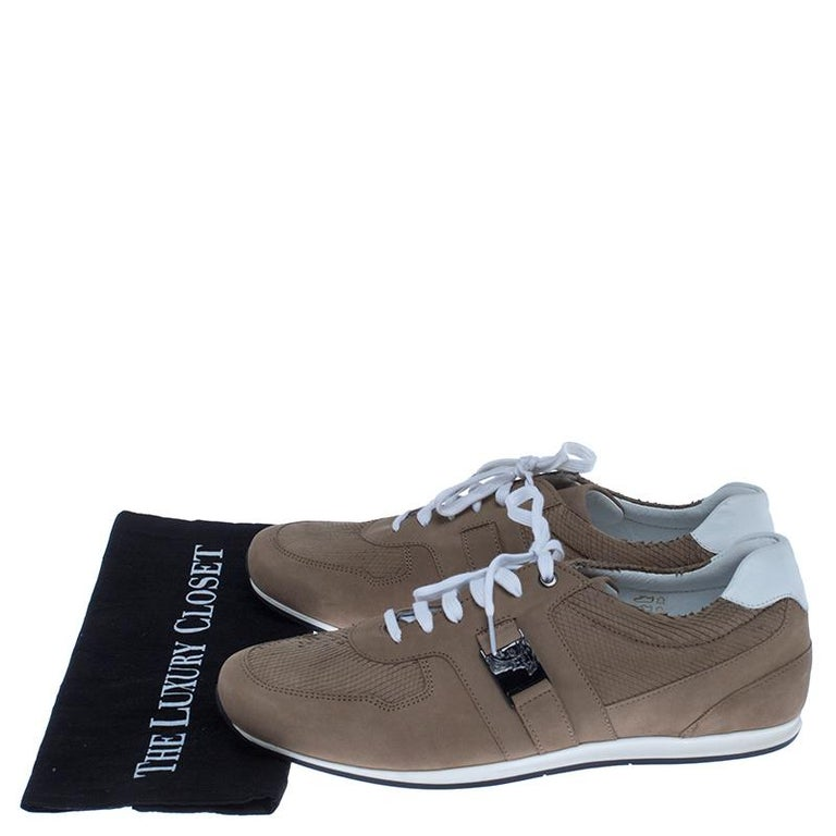 Versace Beige Nubuck Leather Lace Up Sneakers Size 44 For Sale 4